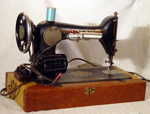 Singer Sewing Machine Model 40 Vintage Red Eye In Perfect Working Awesome Red Eye Singer Sewing Machine