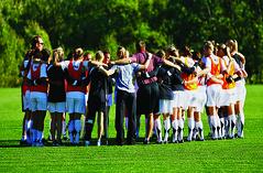 featured.sports.womensoccer_sports_oct12_tnguyen  004