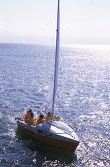 Klepper FAM auf dem Bodensee (borntobewild1946) Tags: fam bodensee segelboot friedrichshafen sailingboat lakeofconstance klepper interboot berndloos klepperfamjollenkreuzer borntobewild1946 copyrightbyberndloos