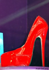 Red Stiletto (MY PINK SOAPBOX) Tags: red sexy fashion shopping rouge shoe mujer rojo women highheel pumps femme mulher moda heels girlpower donne frau rosso redshoes shoppers womensshoes femina zapato consumers redheels shoefetish sexyshoes patentleathershoes tacon sexyshoe zapatosrojos theconsumerist redpatentleatherheels choisseurs artyzenstudios