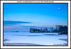winter wonderland by evening (drbob97) Tags: trees winter moon lake snow holland color tree ice water netherlands colors dutch by canon landscape evening frozen bomen meer bevroren air sneeuw nederland freeze avond lucht wonderland winterwonderland landschap ijs drbob kleur kleuren maan 40d drbob97