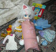 DSCN35380_Dal_Tezca_ (applecandy spica) Tags: christmas holiday cat doll dal gift swap present pullip humpty dumpty custom tezca