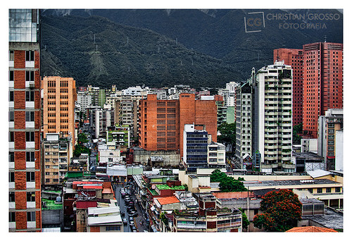 """Caracas • <a style=""""font-size:0.8em;"""" href=""""http://www.flickr.com/photos/20681585@N05/5293258934/"""" target=""""_blank"""">View on Flickr</a>"""