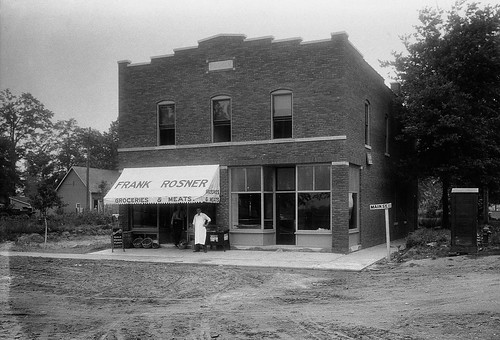 Rosner Building circa 1915 in Speedway, IN