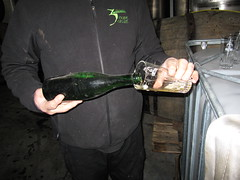 Armond pouring 10 year old Geuze