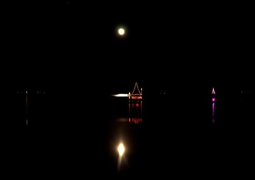 christmas night lights holidays negativespace