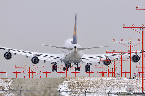 Lufthansa Boeing 747-430 (D-ABVF)