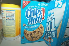 (hollowcrown_) Tags: food ricekrispies chipsahoy clorox