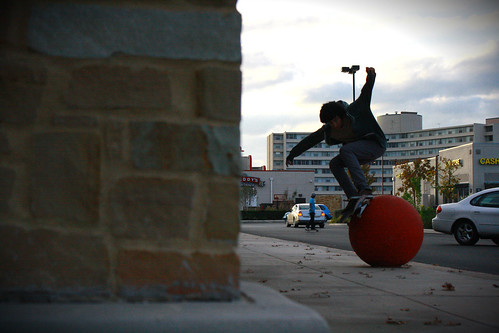 john gonz/wallie