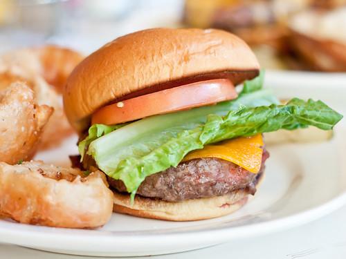 Classic cheeseburger (PYT)