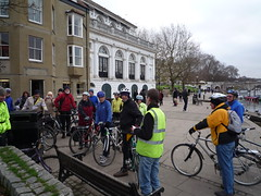 John's captive audience (2) (Kingston Cycling Campaign) Tags: kingstoncyclingcampaign