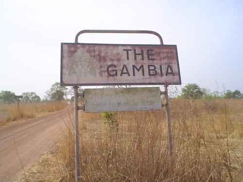 Foto fronteira da Gâmbia e Senegal