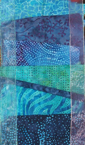 Rough fabric layout with organza ribbon 1