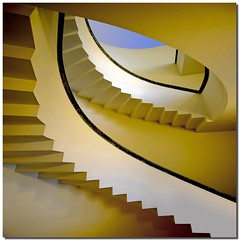 The eagle's blue eye (Nespyxel) Tags: eye architecture stair pov curves steps perspective angles pointofview scala forms curve architettura forme stefano eagleeye prospettiva geometrie gradini angoli geometries nespyxel stefanoscarselli