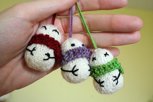 Teeny Tiny Snowmen Ornaments