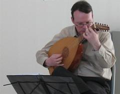 Lutenist Joel Spears