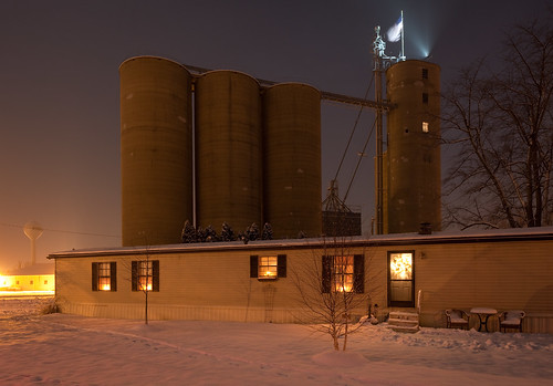 Grain Elevator, Mobile Home