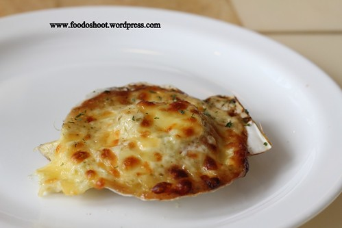 cheese baked scallop