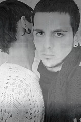 mi todo (yinyan) (esther kiras) Tags: winter white black cold blanco wool contrast canon december all brothers negro filter yan jersey contraste todo invierno nothing yin frio hermanos nada pullover diciembre earing filtro pendiente 400d