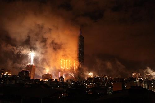 2011 new year @taipei 101 ........ 建國100年