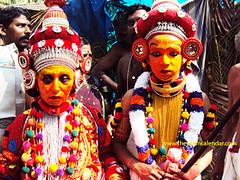 Devakkooth, Naradan theyyam (theyyamcalendar) Tags: devakkooth ladytheyyam naradantheyyam thekkumbadkoolom devakkoothladytheyyamtheyyamsthreetheyyam