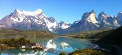 Hostería Pehoe (Chris Rettig) Tags: patagonia torresdelpaine fotografia paine pehoe hosteria