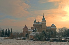 Bojnice Castle under Cold Sun (johan.pipet) Tags: winter sky sun snow cold castle fairytale canon landscape gold golden europe fort january slovensko slovakia chateau tamron picturesque palo zima hdr hrad bartos bojnice topshots bojnick zmok abigfave skytheme flickraward hdraward barto mygearandme flickrsportal