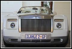Rolls Royce Mawawa (Fawaaz Nuzeebun) Tags: africa car southafrica hotel rr rollsroyce capetown vehicle rolls royce southernsun mawawa thecullinan