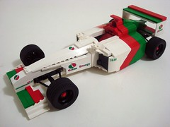 Octan Formula 1 Racer (Lino M) Tags: red green car one energy lego f1 racing formula build challenge lino racer lugnuts whitr octan octanracing