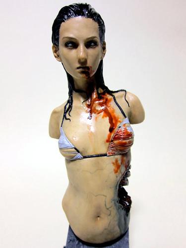 bikini_zombie_3