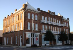 Old Bank Building (Centreville, Alabama) (courthouselover) Tags: al alabama banks centreville bibbcounty