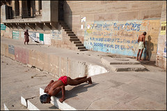 Morning Activities - Varanasi (Maciej Dakowicz) Tags: city morning india asia exercise steps varanasi urine dailylife urinate kashi benares ghat uttarpradesh