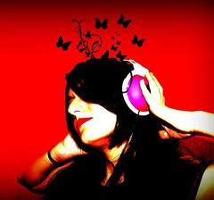 Groove is in the heart (VanessaO) Tags: stella red black rot butterfly germany star is rojo heart negro hamburg groove stern mariposas estrella nero schwarz schmetterling ecc vanessao thedepthofwhotogroovemovesmetoo imseeinwhoweregoingthroughtoo hardnasty whowoo