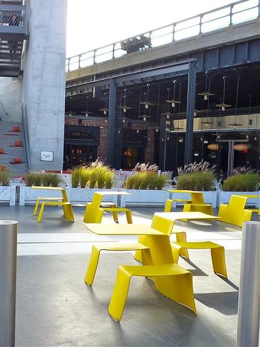 P1040005_www.stylezoomer.com_standard_hotel_ny