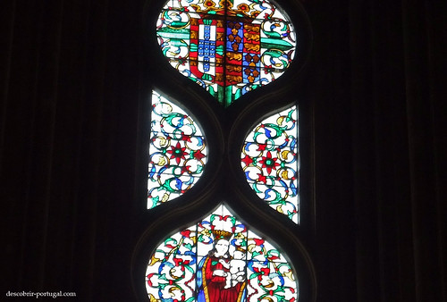 Stained glasses with the symbols of Portugal