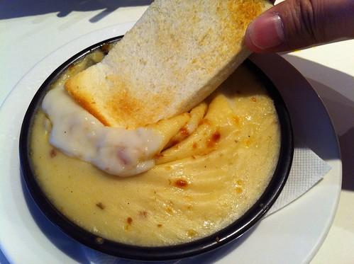 方塊麵包+焗烤蘑菇