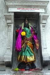 Vishnu Durgai (katrin glaesmann) Tags: holiday statue singapore vishnu kali silk clothes littleindia hindu christmasday 1weihnachtstag sriveeramakaliammantemple