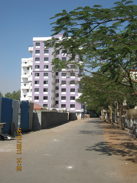 Access road of Orchid Towers, Ready Possession 2 BHK, 2.5 BHK, & 3 BHK Flats on Baner Road, Pune 411 045