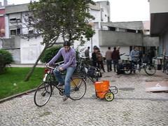 A testar o combo bici+reboque