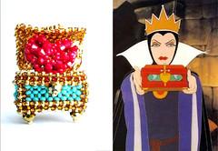 Evil Queen Beaded box (PipaLatest) Tags: necklace heart box handmade evil queen bead snowwhite beaded pendant beadwork originaldesign perline beadweaving seedbead rocailles ebw beadwoven ebwc etsybeadweavers ebwteam