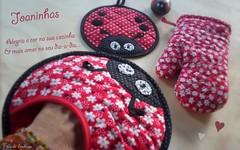 Nós ♥ Joaninhas (Carla Cordeiro) Tags: fuxico kit patchwork joaninha potholder aplicação acolchoado luvadecozinha potholderladybug pegadorjoaninha
