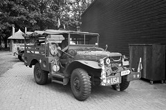 18th of September 2016, Wings of Liberation Museum (Ronald_H) Tags: bevrijdende vleugels wings liberation bw leica m2 diafine ilford fp4 film war museum military truck 18 september 2016 be5323 dodge wc 1944