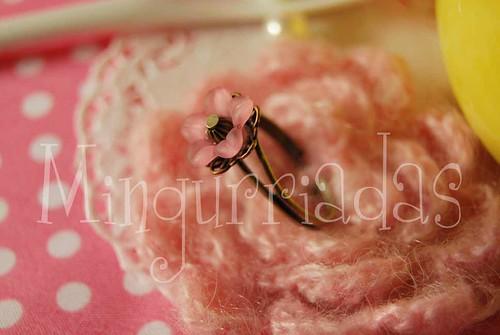 Anillo Flor Solitario Rosa