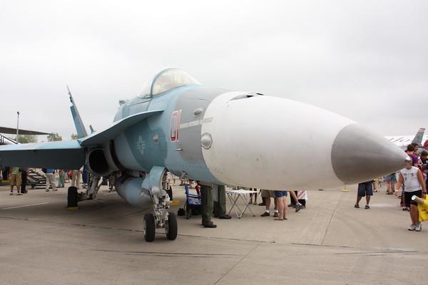 EAA10_FA-18C_118