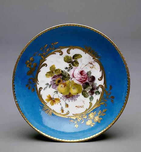 015- Platillo- Porcelana de Sèvres 1755 Porcelana de Sèvres