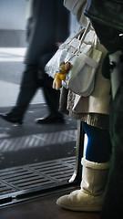 door is closing... (wongyokeseong) Tags: japan photoshop subway tokyo flickr random sony adobe 日本 lightroom t200 东京 cs5 sonydsct200 sonyt200