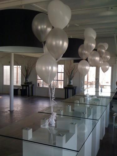 Tafeldecoratie 5ballonnen Elzenduin Beach Ter Heijde aan Zee