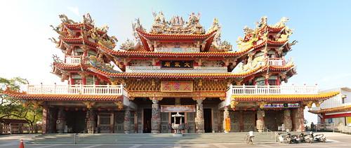 四海大眾廟的寬景照