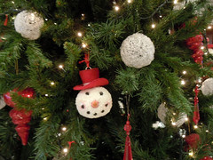 Christmas Baubles (RobW_) Tags: christmas tree hotel december greece monday spa baubles 2010 galini kamena vourla fthiotida dec2010 27dec2010