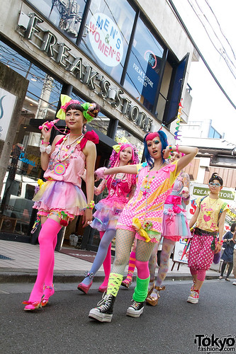 6-DokiDoki-Harajuku-2010-08-07-380
